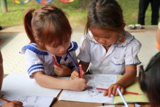 sponsorreis Thailand Cambodja kinderen leren