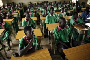 Zuid-Sudan weer naar school 201108-SSN-15-lpr