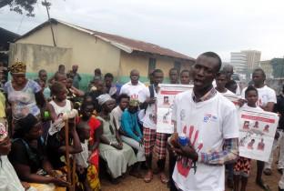 blog ebola-lichtpuntje3 201409-GIN-07-lpr