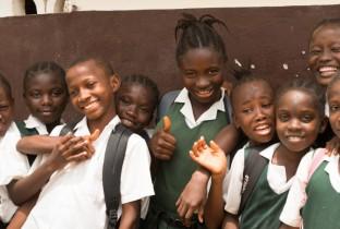 20150226-ebola-schoolpoorten-in-liberia-zwaaien-weer-open-3250