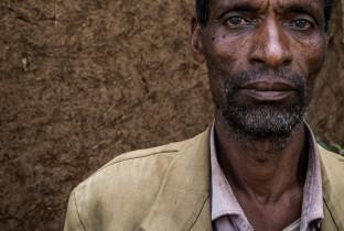 Mannen spreken zich uit tegen FGM3 201501-ETH-20-lpr
