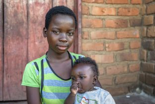 Josephine Zambia tienerzwangerschap