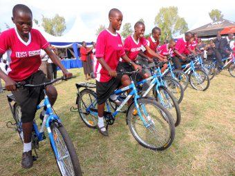 Kenia onderwijs fietsen